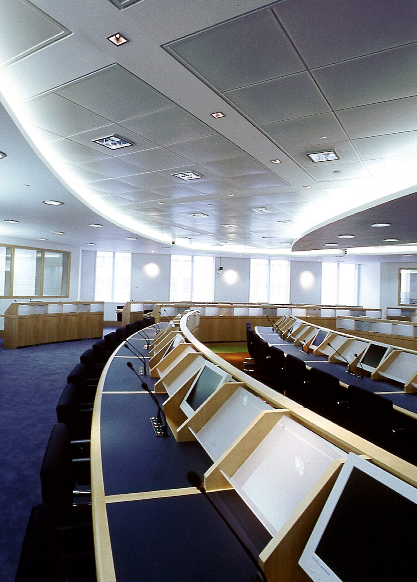 EMEA Canary Wharf Conference Centre Desks